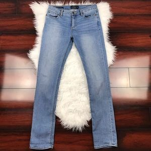 Lucky Brand Brooke Straight Light Wash Jeans 6/28